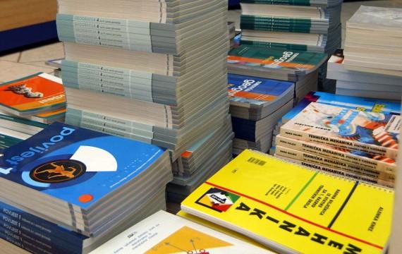 OBAVIJEST o ostvarivanju prava na (su)financiranje troškova nabave udžbenika + OBRASCI