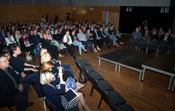 U Domu mladih Koprivnica u tijeku je prva konferencija u okviru programa START UP KOPRIVNICA!