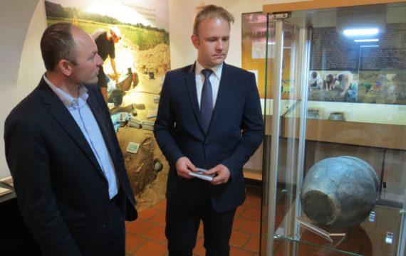 Otvorena izložba o Arheologiji Torčeca i Ivanu Zvijercu