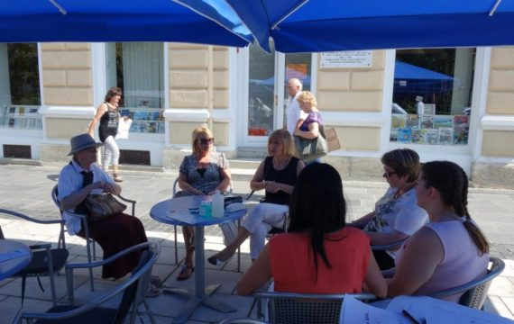 Health Themed Meeting Under the Parasols