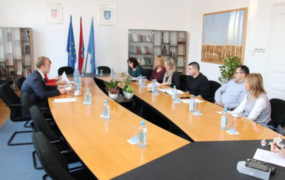 Representatives of the City and Association of craftsmen held Council of crafts