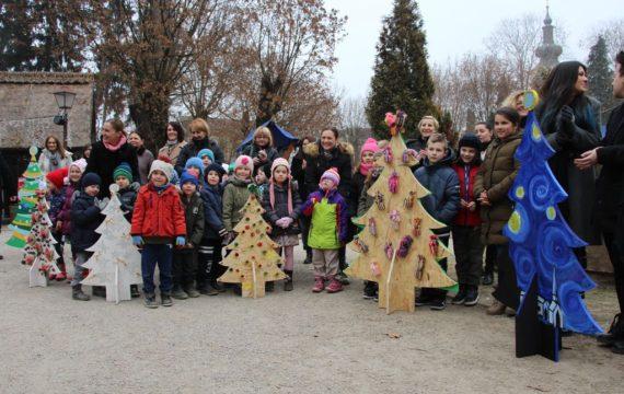 "In ""Koprivnička bajka"" set alley of Christmas tree"