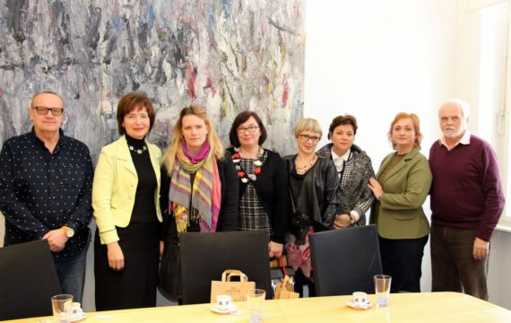 Held a reception for the organizers of the expert meeting