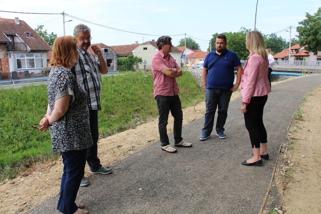 LokalnaHrvatska.hr Koprivnica Nastavljaju se radovi na setnici uz potok Koprivnica