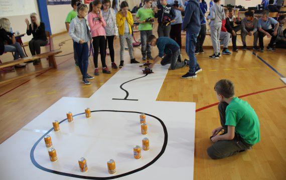 """Učenici Osnovne škole Đuro Ester pobjednici """"Natjecanja učenika u robotici"""""""