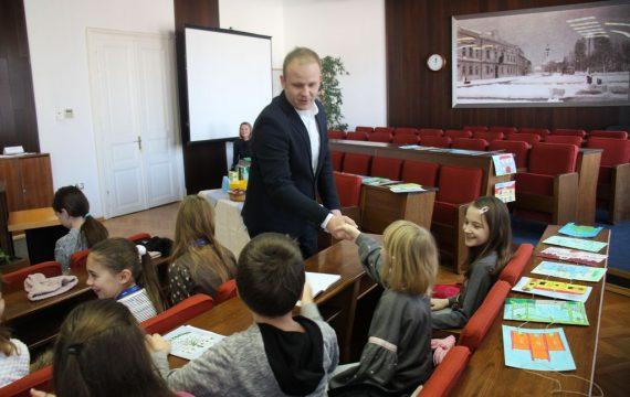 """Koprivnički gradonačelnik Mišel Jakšić ugostio """"male Nemčiće"""""""
