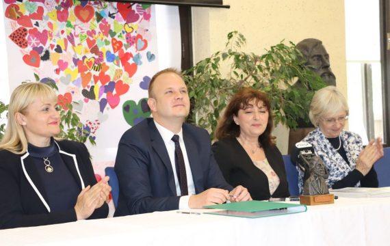 """Sporazumom između Grada Koprivnice i OŠ """"A.N. Gostovinski"""" sve je spremno za projekt Botaničkog vrta"""