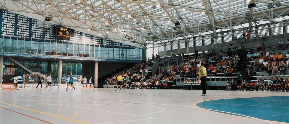 Sportska dvorana gimnazije Fran Galović
