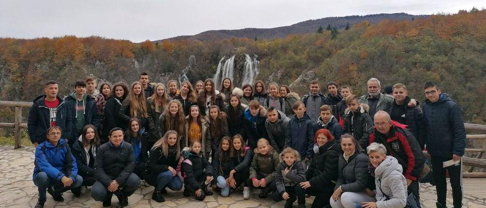 Ekipe mladeži DVD-a Koprivnica, Štaglinec i Starigrad posjetile Plitvice