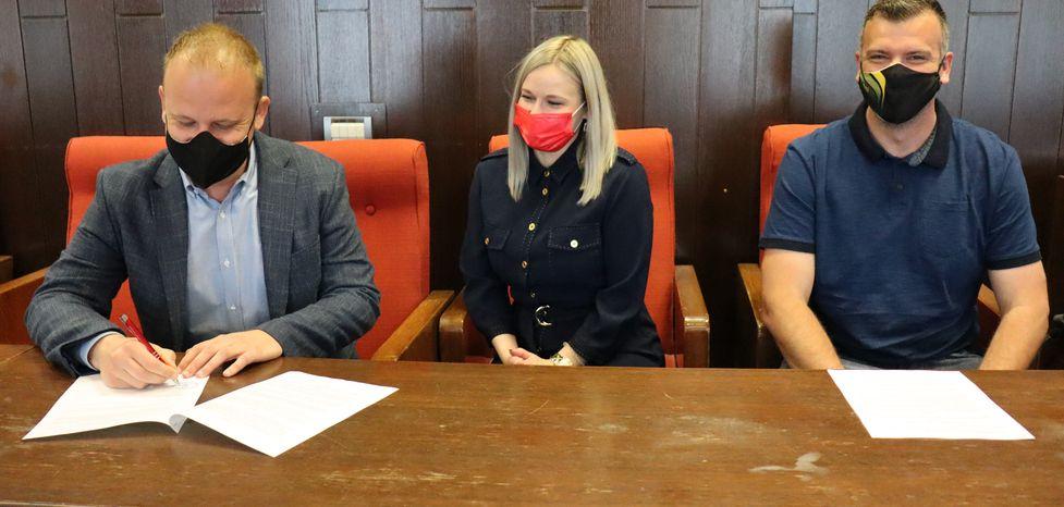 Potpis ugovora za zemljišta na Podolicama